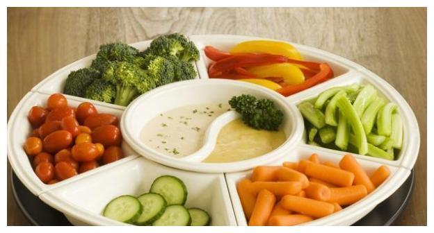 """10年糖尿病人:3种素菜不能吃,别被""""他们""""的名字欺骗"""
