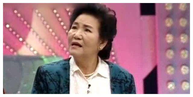 赵丽蓉一生太悲惨,32守寡,后嫁小叔子又离世,7岁女儿脑瘫夭折