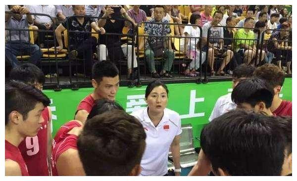 有朱婷的天赋却无她的品质,这名排球天才确实有些可惜