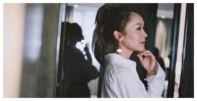 李佳芯、陈炳铨拍拖6年,被问何时结婚回应:需要一个冲动