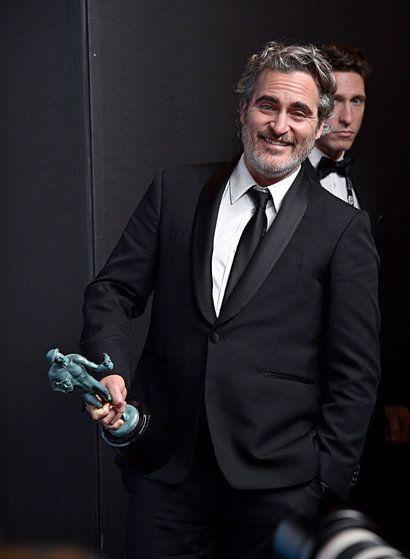 《美国演员工会奖》华金·菲尼克斯凭《小丑》拿下影帝