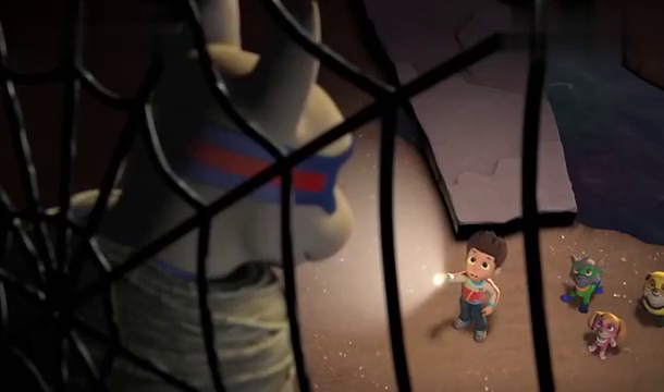 汪汪队立大功:超狗阿波罗被怪兽绑在洞里,灰灰成功救出小兔子