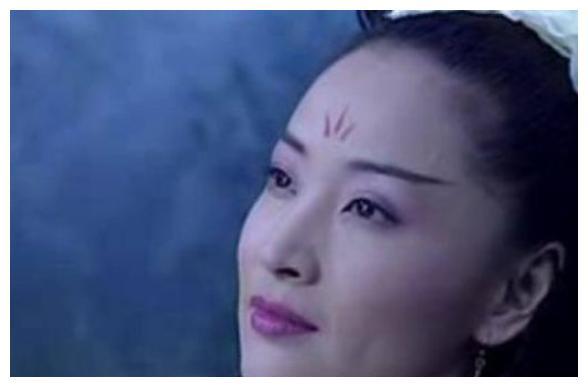 """""""香港最美情妇""""于莉,被原配暴打致子宫掉落,今57岁无人敢娶"""