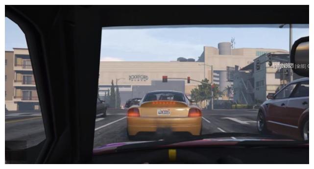 在《GTA5》中等红绿灯会发生什么?R星:洛圣都佛系玩家!