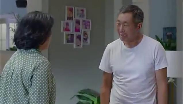 淘气爷孙:王有才被冷嘲热讽后归家,气急败坏向老伴发火