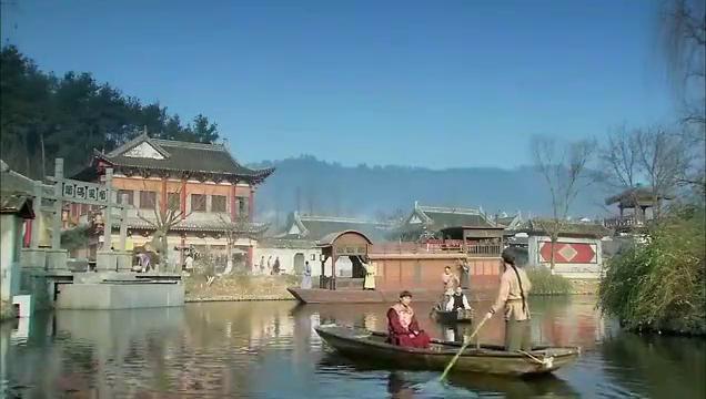 皇上要坐船过江,却被文人骚客拦住,皇上顿时有了兴趣