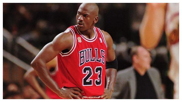 在篮球界流传着这样的一句话:想要赢球靠的是进攻,想要赢得总冠军靠的是防守
