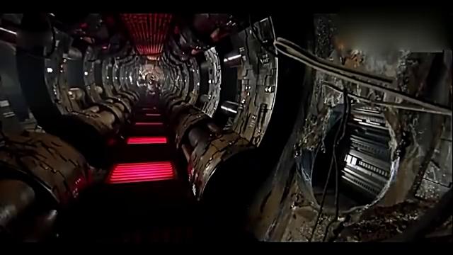 二战中,两个美国大兵意外发现外星人的太空船