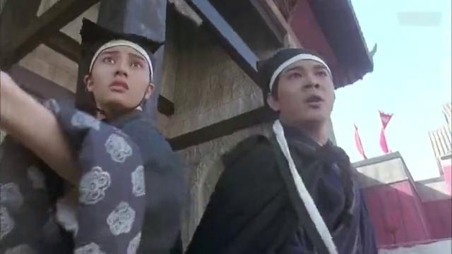 东方不败与令狐冲之间的情仇说不清楚,这层关系真要自己体会了!
