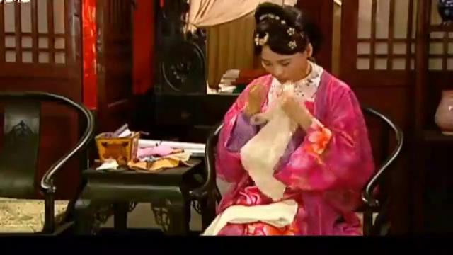 清官巧断家务事:虎妞与李寡妇真好笑,这一对活宝