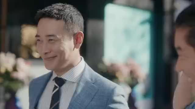 安家:秦涛同学、阚文涛和秋总等人通知品尝正宗的上海佛跳墙