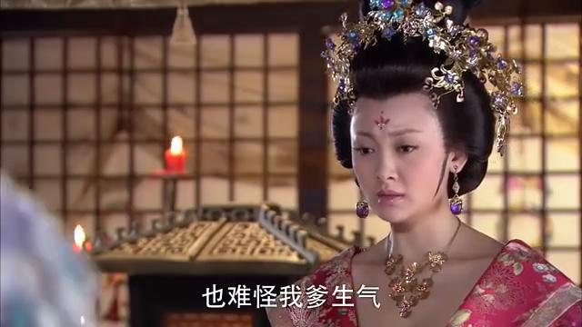 王夫人觉得宝钏变得心狠了,也不回来看娘