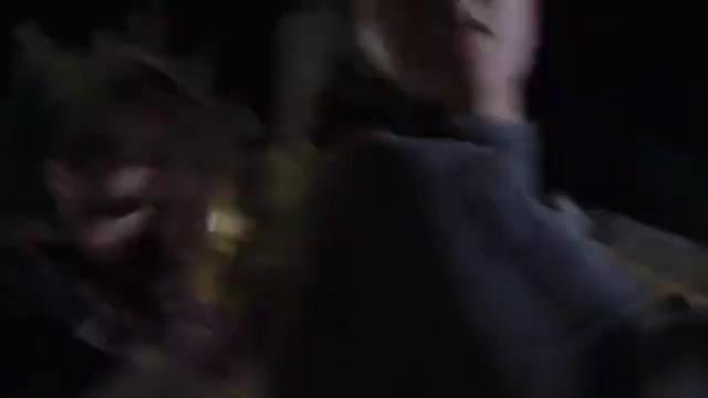 街头出现霸王龙,横行霸道伤人无数,原因竟是人类带走了他的孩子