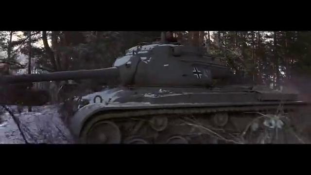 电影虽特效不好,但真实还原德军虎式坦克暴打美军坦克场景,惨