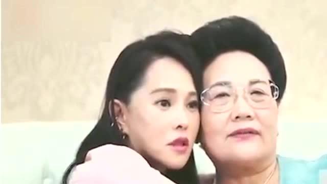 人生赢家!52岁伊能静与婆婆亲如闺蜜,堪称婆媳相处范本