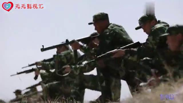 八路军在边境伏击毒贩,没想到毒贩的火力还挺猛
