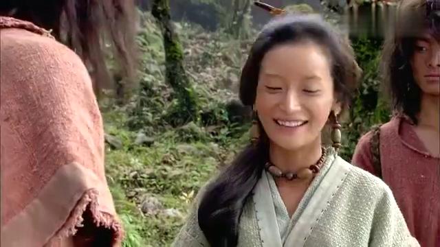 大舜:女英带大家一起在山里采药,一致得到下人们的赞赏,厉害