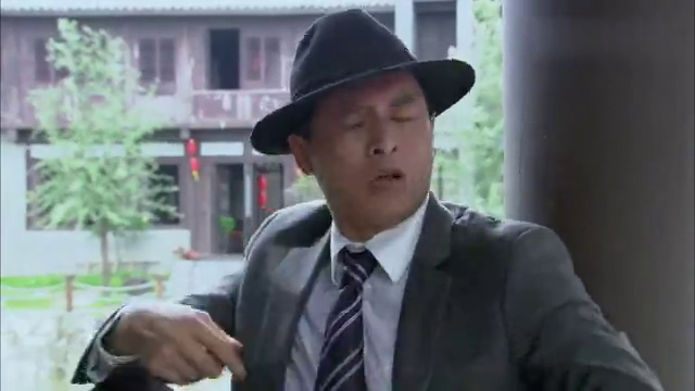 影视:小伙去剧组面试,不料碰上一个奇葩大叔,竟说要签他!