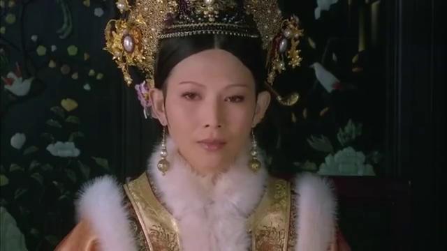 甄嬛传:华妃执意要严惩沈贵人,皇后出手减刑,俩人正面起冲突!