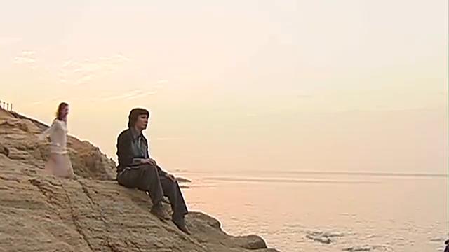 箬婷陪崔浩哲呆在海边,涂箬婷安慰崔浩哲