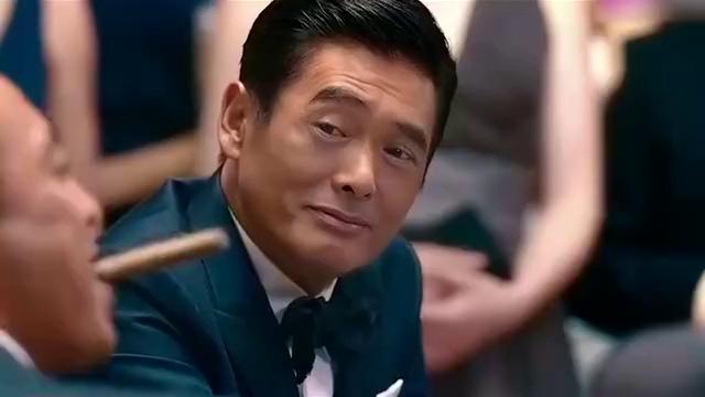 赌神发哥霸气上线,气得对手赌桌上跳舞