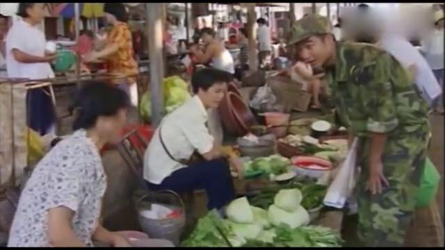 一个冬瓜卖50,抗洪战士,买不起菜只能吃咸菜,市长得知震怒了
