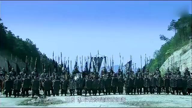 新三国:刘表假装放孙坚上船,中途放箭射杀,孙坚中箭身亡!