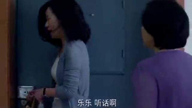 顾晓珺发现丈夫的秘密,却打不开保险柜,继女一番操作后妈嫉妒咯