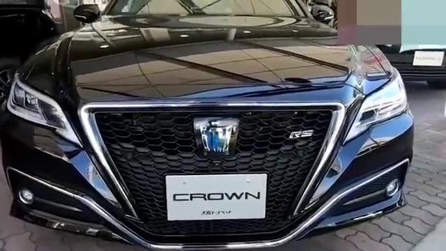 视频:可算见到了,2021款丰田皇冠RS混动版,身姿欣赏