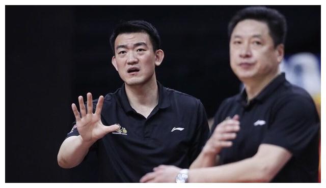 广厦留不住李春江,2支冠军球队抛出橄榄枝,他能否重建王朝呢?