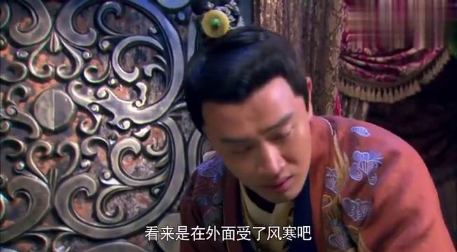 美人私房菜:吕妃假装在沐浴时晕倒,借机留在了赵元卿寝宫内