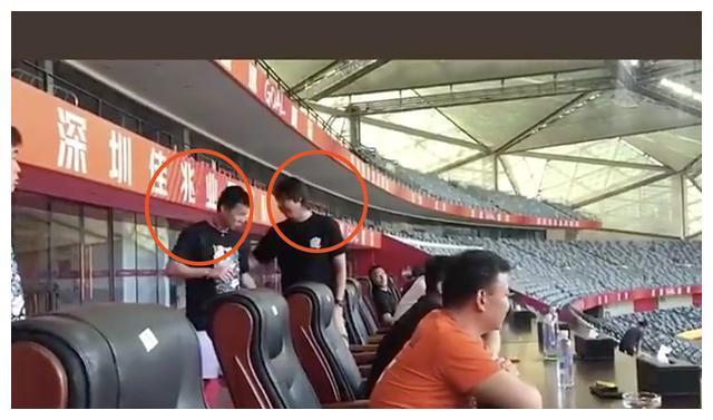 三大新援亮相,国足主帅亲自考察,中超土豪深足1-2武汉卓尔