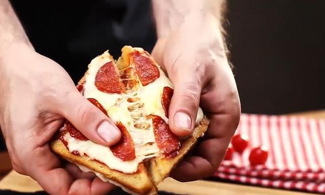 「烘焙教程」披萨三明治,芝士多到流口水