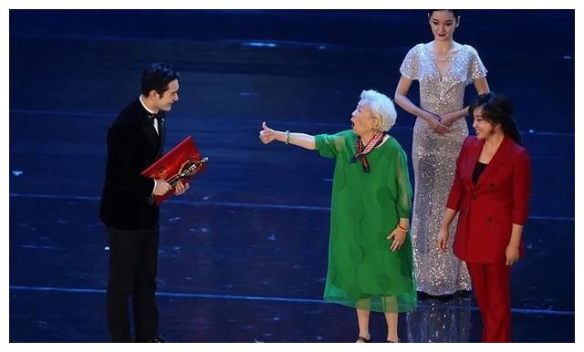 黄晓明再拿百花奖影帝:我最好的表演都是在人生低谷