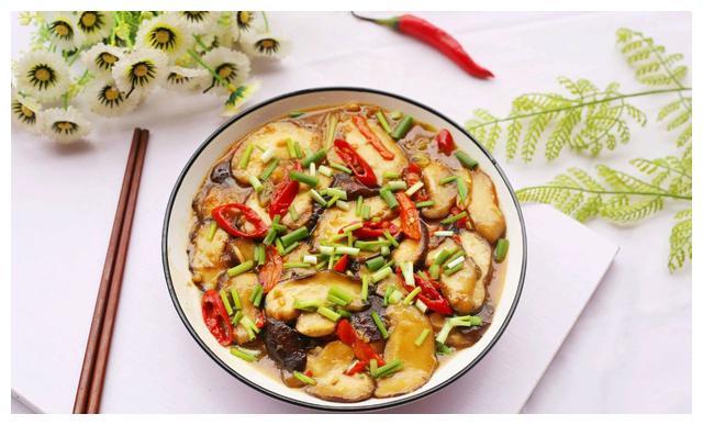 素炒香菇:素菜也能这么好吃,不输肉菜,还能保养身体!