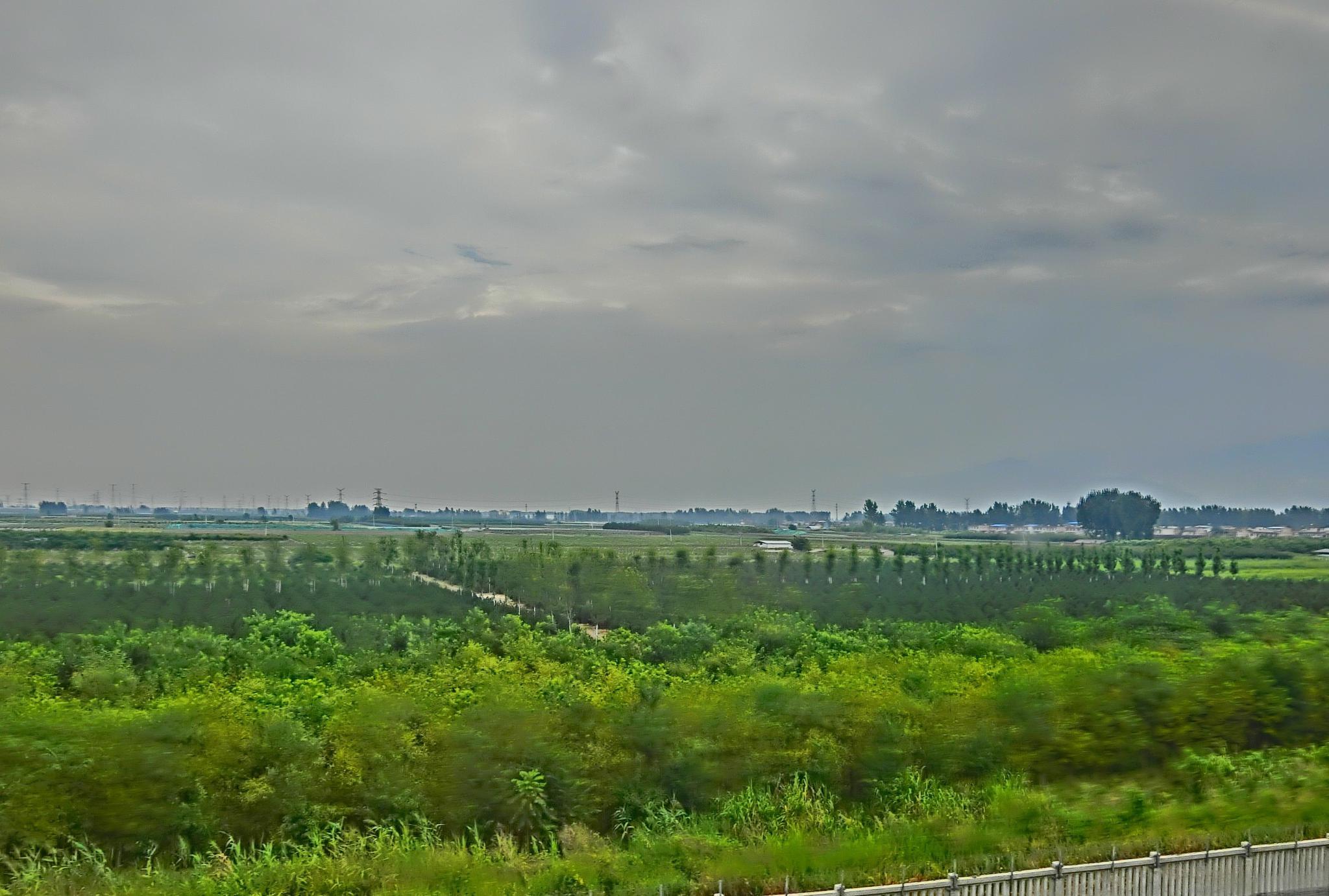 火车旅行:西成高铁,汉中境内的美景