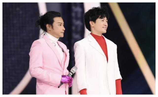 陈志朋以歌手身份重回五天,时隔多年,跟苏有朋再次合作