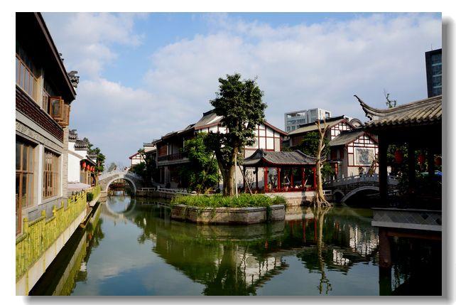 """四川一年轻古镇,耗费20亿却不收门票,拥有唯一""""活水""""特色区"""