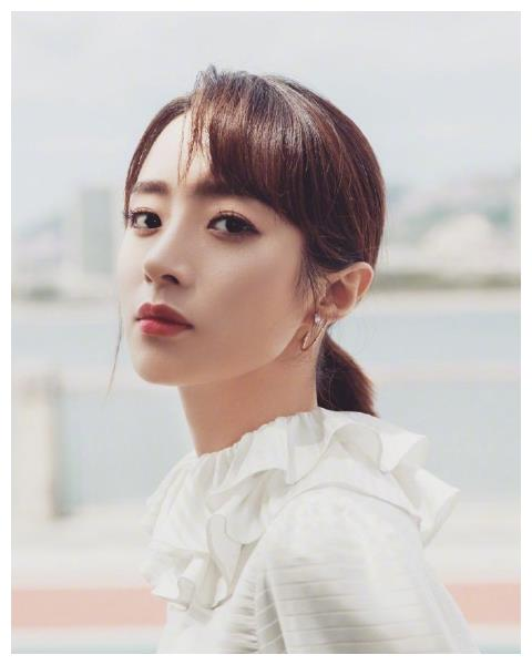 张铭恩陈星旭都曾为她倾心,如今剪短发超减龄,清纯得像大一新生