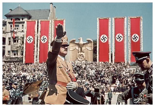 希特勒很刺耳的语录,道出了人类发展的规律,既残酷又现实!