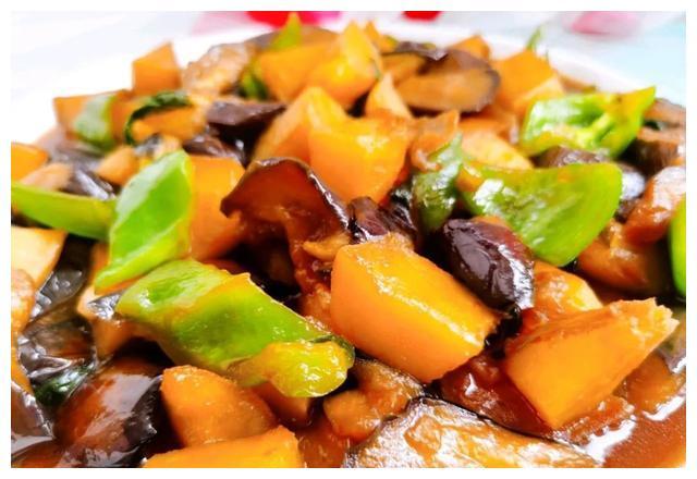 美食精选:超下饭的地三鲜,香菜牛肉丝,老干妈炒香干,养生菜