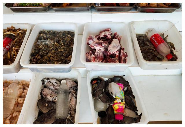 青岛市郊海鲜价格怎么样?带您到路边饭店看看