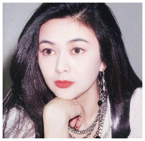 刘德华最想娶的人是她,她却和富商结婚导致不孕被抛弃,至今单身