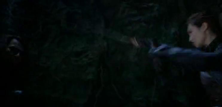 胡八一探险队地下洞穴上演激烈打斗,这视觉特效简直燃爆了!