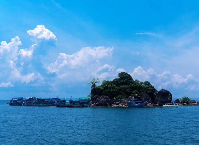 泰国最美的小众岛屿,丛林密布海天一色,景色完全不输普吉岛