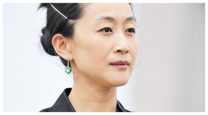 国家一级演员陈瑾,56岁从未谈过恋爱,还和哥哥约定一辈子不结婚
