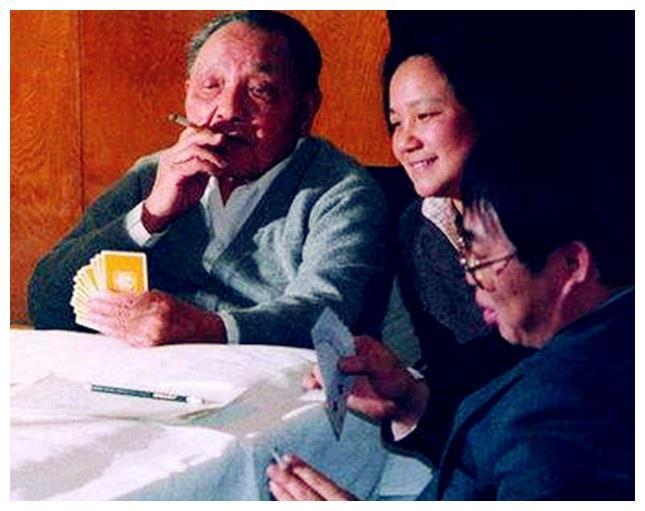 """聂卫平经常替邓小平""""猛烈地管教""""孙子,竟避开邓小平""""下手打"""""""