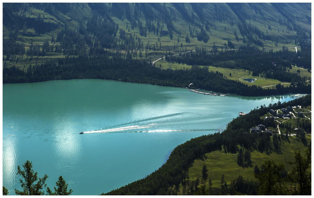 变幻莫测的喀纳斯湖,随时会变色,简直不可思议!