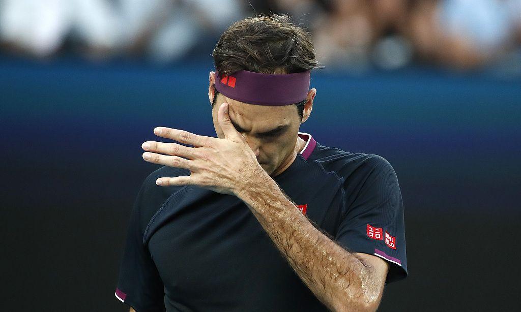 首盘痛失好局费德勒完败无缘澳网男单决赛,38岁瑞士天王尽显疲态