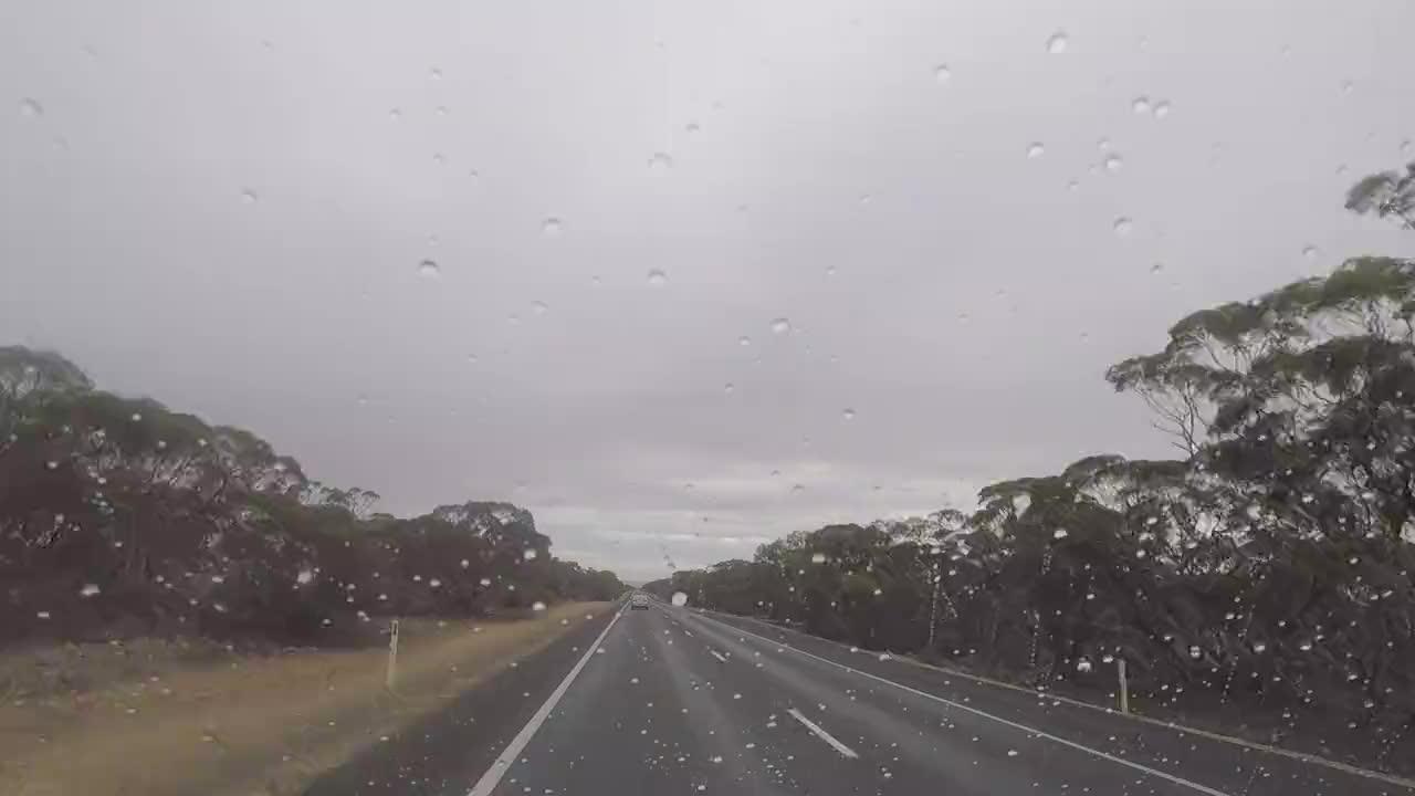 澳洲内陆有多荒凉大片土地无人耕种西部世界现实中大概的模样